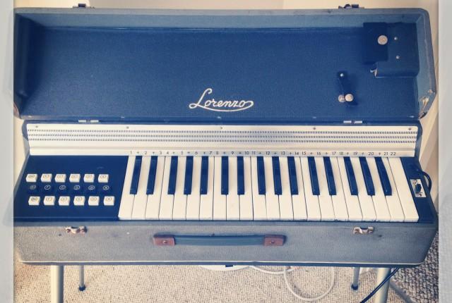 Lorenzo Italian reed organ