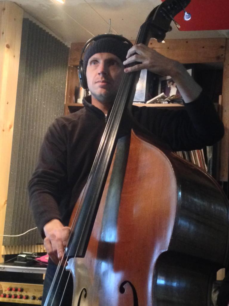 Chris Cliff - Bass